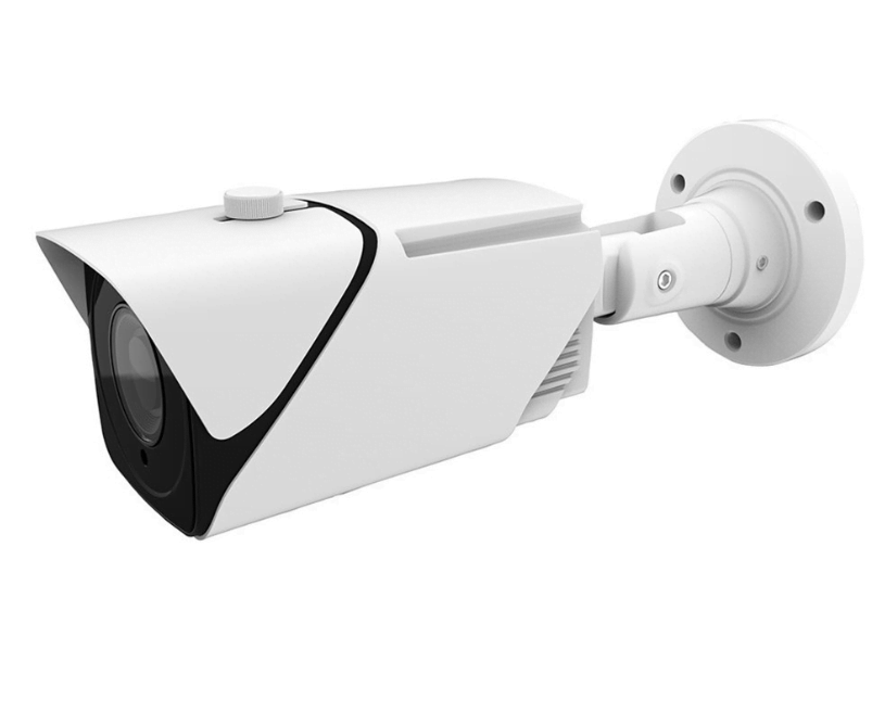 The IVSEC NC528XA IP security camera offers a 5 Megapixel resolution sensor combined with a 5-50 mm vari-focal motorised lens (50.9 to 7.6° field of view).The built-in infrared illumination enables night vision at up to an impressive 80 metres.  Perfect for the 39m driveway - see night time image belowWhen used together with the IVSEC X series recorders, this camera will be automatically detected with Plug & Play.  This made it easy to add to the existing system and was up and running in no time